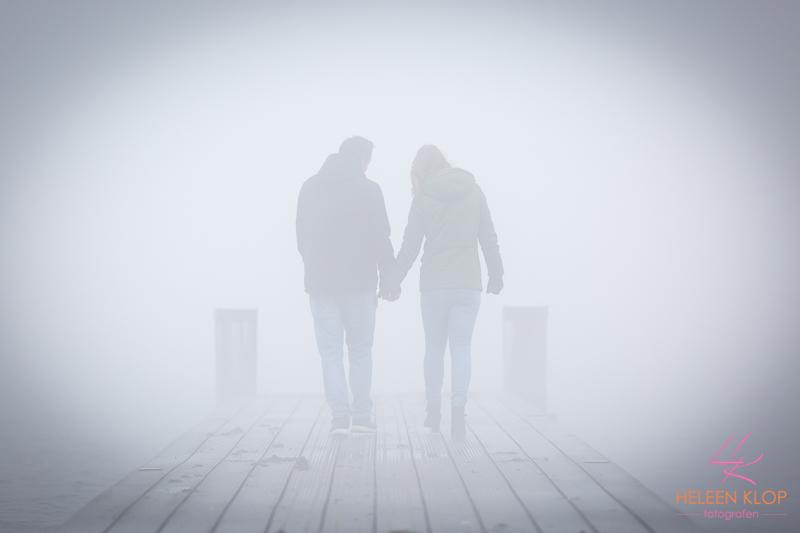 Loveshoot In De Mist 003