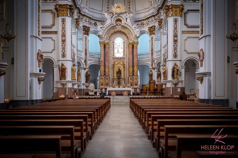 Binnenkant kerk Altea Spanje