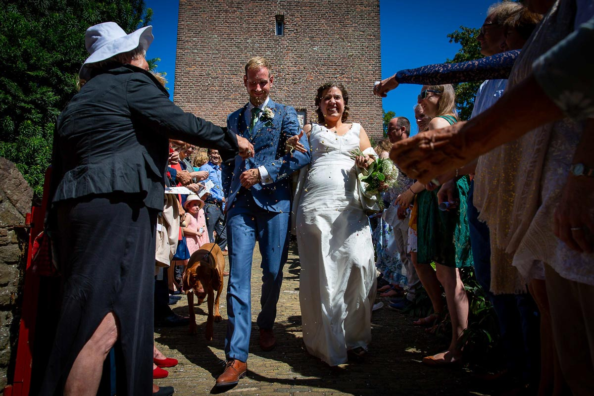 Bruiloft bij Kerk aan Zee, Muiderberg