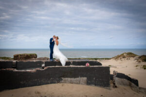Bruidsreportage Op Strand Kijkduin