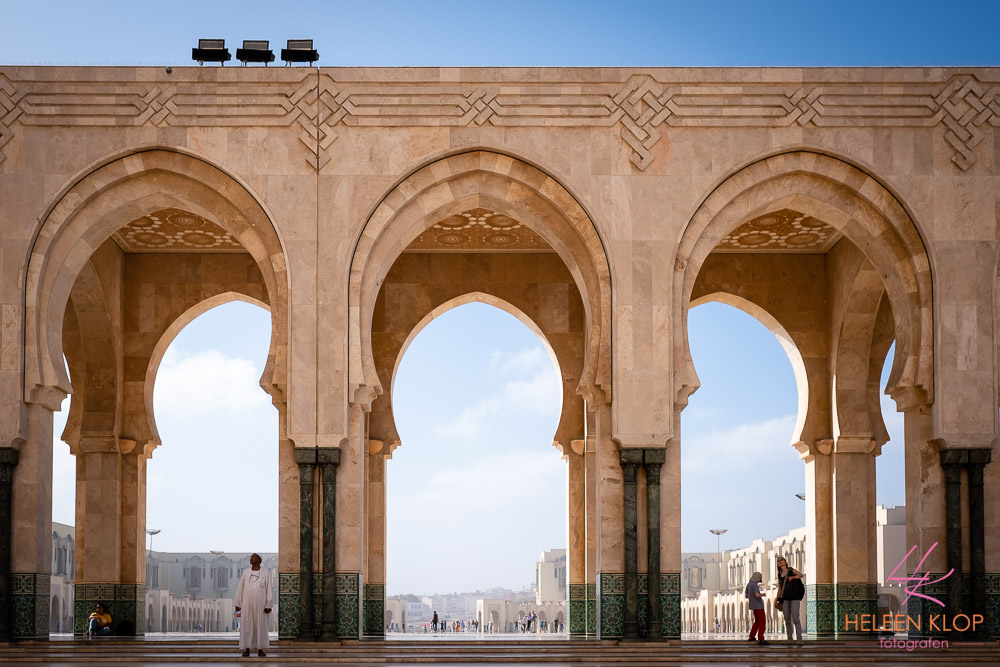 Grote plein bij Hassan II Moskee Casablanca