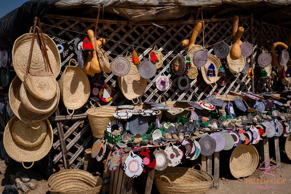 Marktkraampjes langs de weg