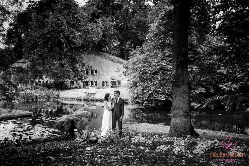 Zwartwit Bruidspaar Botanische Tuinen Utrecht